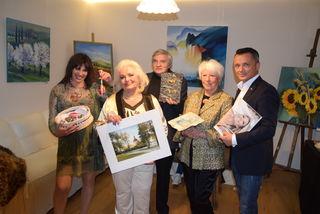Gastgeberin Andrea Maranitsch mit Linde Senninger, Franz Wieser, Brigitte Dittrich und Richard Senninger.