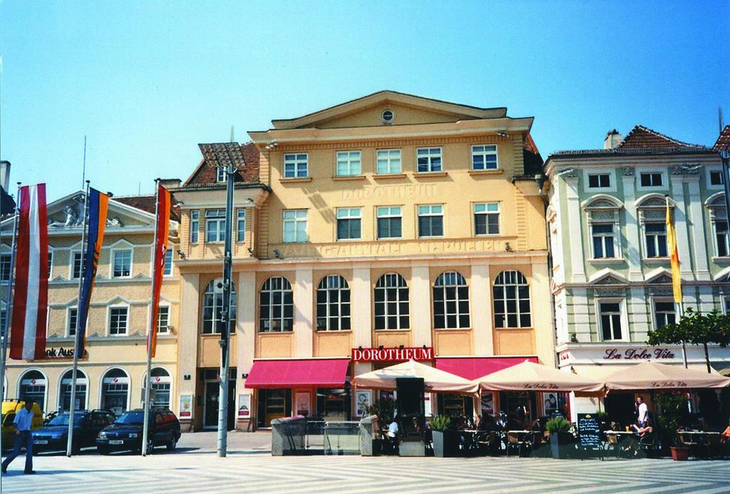 """Welche Schmuckstücke verbergen sich auf den Dachböden Niederösterreichs? Am Samstag, 6. Mai haben Interessierte die Möglichkeit ihre """"Schätze"""" von Experten des Dorotheum bewerten zu lassen"""