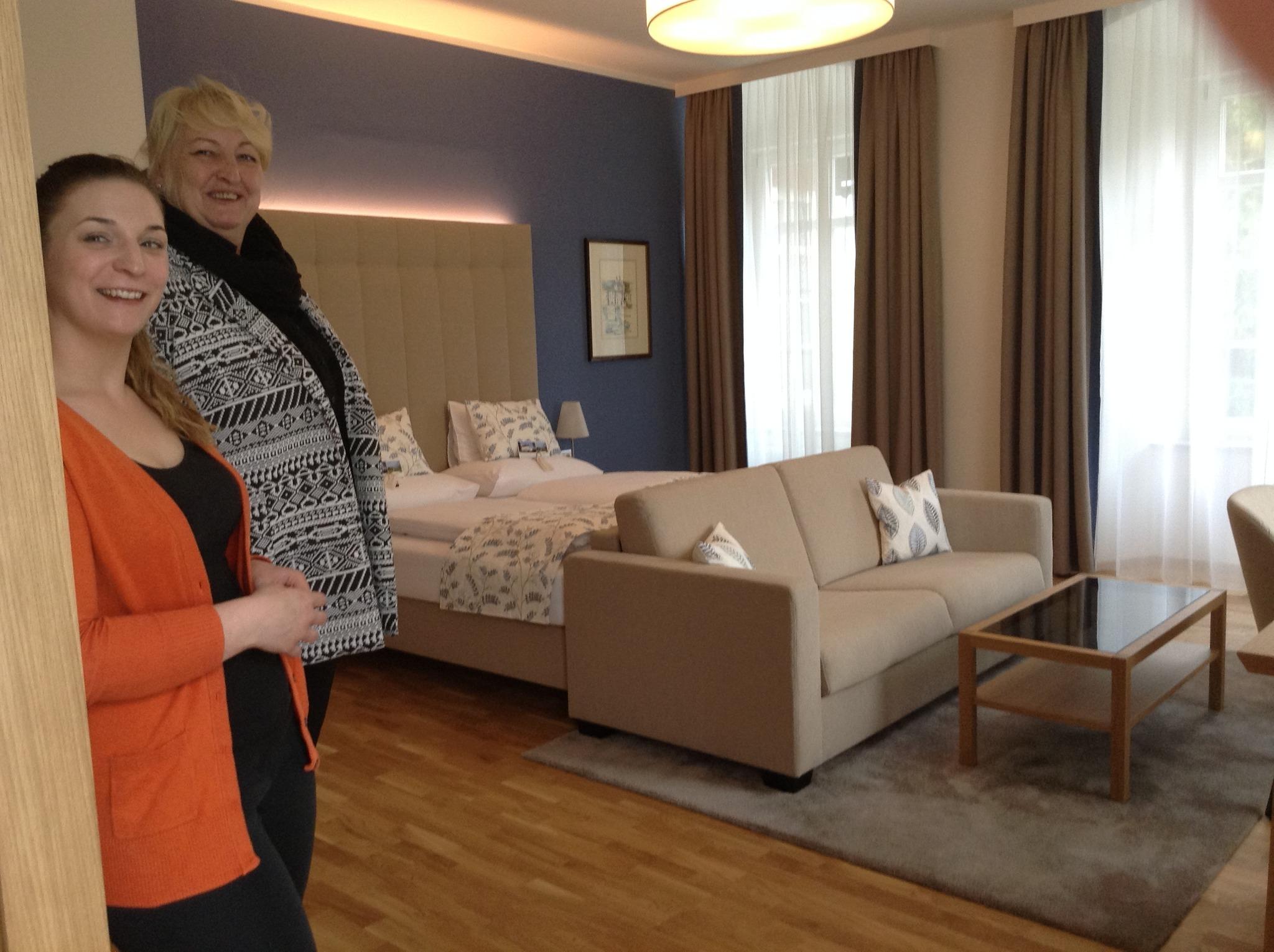 finkensteiner golfanlage bietet nun zimmer mit ausblick villach. Black Bedroom Furniture Sets. Home Design Ideas