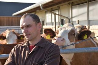 Martin Kurzmann und Kollegen hoffen auf einen Milchvertag. Kurzmann war nicht bei der Pressekonferenz in Wien.