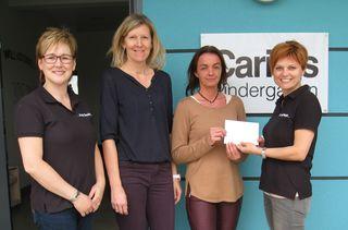 Spendenübergabe: Barbara Rudolics, Eva Pehr, Andrea Halper und Sabine Wagner (von links).