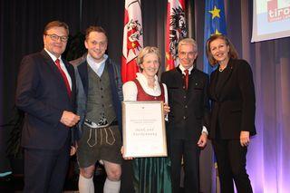 IBK-LAND: 130 Jahre: Hotel Gasthof Handl – Familie Steixner, Smarthotel, Seminarhotel, Wirtshaus, in Schönberg