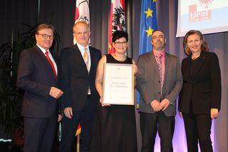 IBK-LAND: 70 Jahre: Tiroler Rohre GmbH, jährlich 1.300 km Rohre, 70 Mio. Euro Umsatz jährlich, in Hall, konzentriert sich auf Wachstum in Nischenmärkten