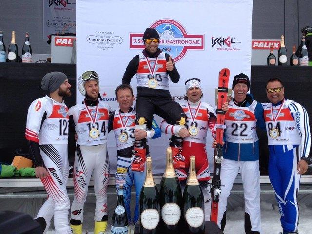 Thomas Lackner wurde mit seinen Teamkollegen Michael Mairhofer, Peter Eder, Thomas Egger, Christian Egger, Christian Hainz und Andreas Aschaber Weltmeister.