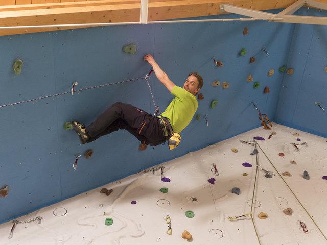 Schon seit seiner Kindheit klettert Dominik Frankl für sein Leben gerne. Er möchte diese Leidenschaft auch weitergeben.