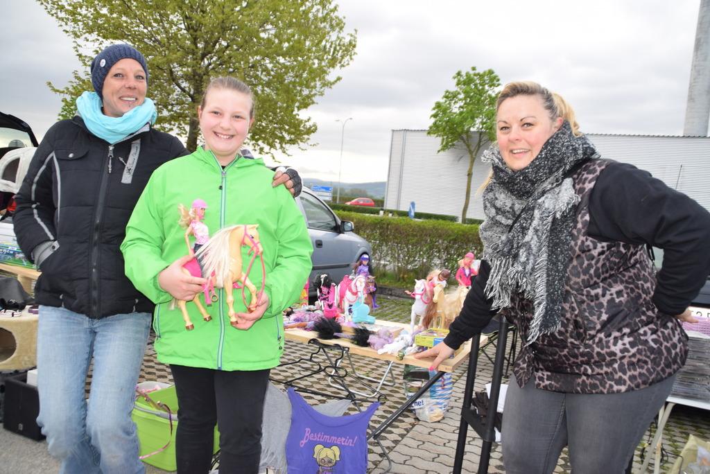 Mandy Franz mit Tochter Lilly Marlene und Claudia Richter.