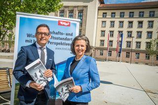 Harald Gohm informierte LR Zoller-Frischauf über seinen Wechsel in die Privatwirtschaft