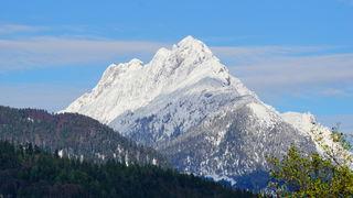 Schneebedeckt zeigte sich der der wilde Kaiser nach den Schneefällen nach Ostern