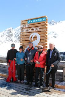 Gustav Raich (Skilehrer-Legende aus dem Kaunertal), Ruth Walzthöni (Top Schischule Kaunertal), Josef Raich (Bürgermeister Kaunertal), Sepp Praxmarer (Gletschersoalrennen-Experte/Zeitzeuge) und Eugen Larcher (GF Kaunertaler Gletscherbahnen).