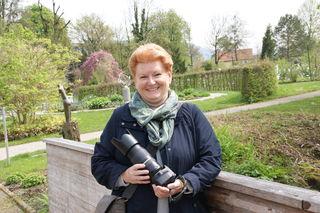 Regionautin Gertrude Müller aus der Stadt Salzburg geht zum Fotografieren gerne in den Botanischen Garten der Universität Salzburg.