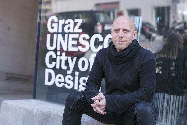 """National und international: Martin Lesjak ist als Architekt weltweit unterwegs und wünscht sich in Graz ein """"Big Picture"""" bei Design und Architektur."""