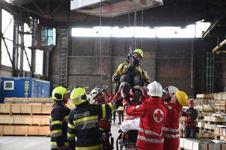 Spektakuläre Übung in der Stahl Judenburg. Foto: STJ/Pashkovskaja