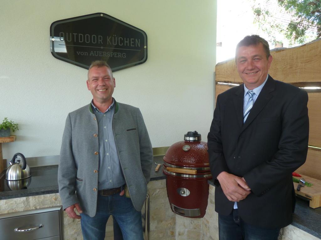 Outdoorküche Klein Jeans : Feuer & flamme in draßburger outdoor küche mattersburg