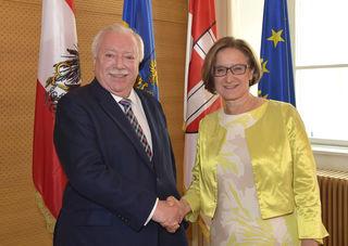 Gemeinsam zufrieden in die Zukunft blicken – Niederösterreichs Landeshauptfrau Mikl-Leitner traf sich zu einem ersten Arbeitsgespräch mit dem Wiener Bürgermeister Michael Häupl