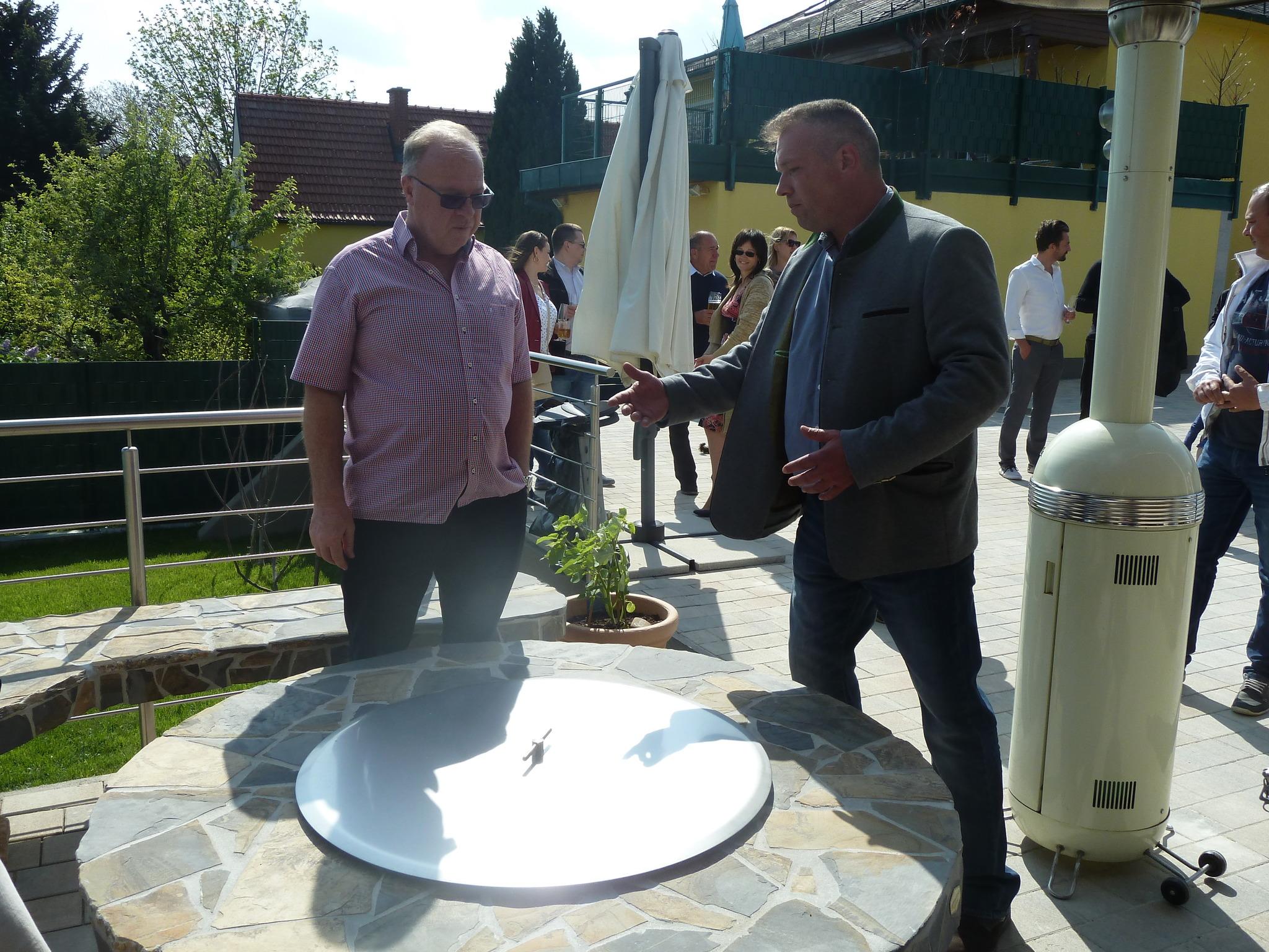Outdoor Küchen Von Auersperg : Feuer flamme in draßburger outdoor küche mattersburg