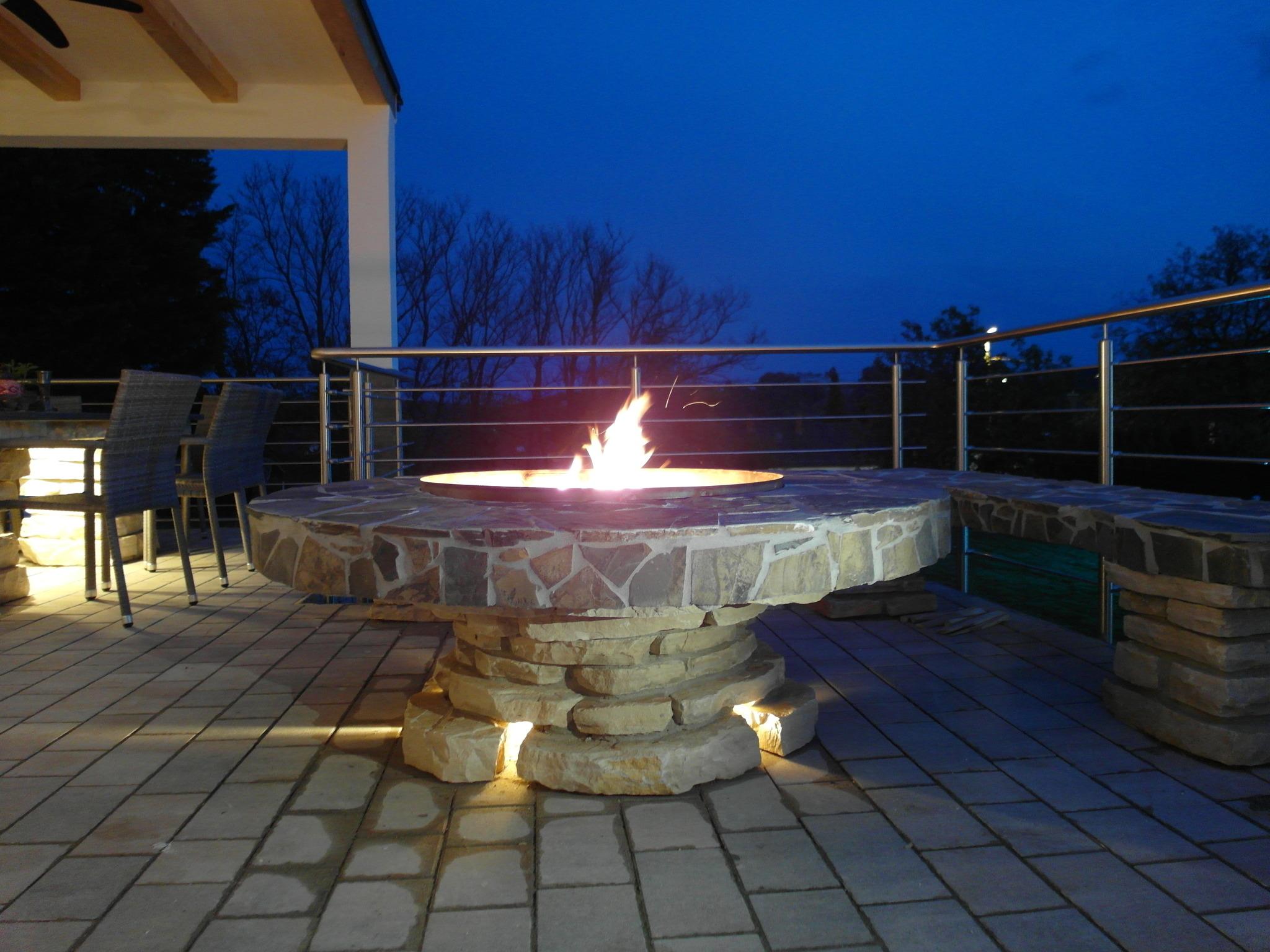 Outdoor Küchen Von Auersperg : Feuer & flamme in draßburger outdoor küche mattersburg