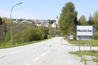 Von der Ortseinfahrt bis zur Neuen Mittelschule wird die B136 in Münzkirchen im Sommer saniert.