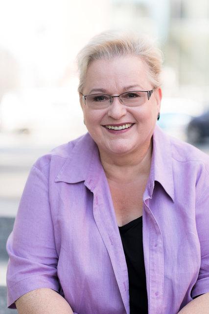 Dr. Gudrun Harrer