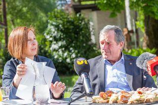 Gabriele Fischer (Grüne) und Hermann Kuenz (ÖVP) für mehr Tiroler Produkte