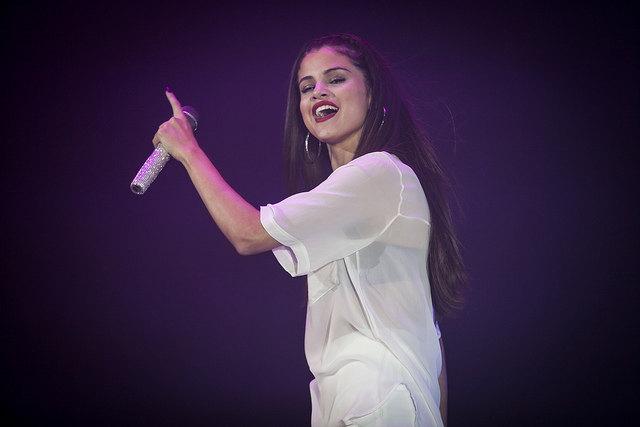Ist Selena Gomez mit einem Baby von The Weeknd schwanger?