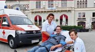 Christa Kasyan, Stadtrat Andreas Minnich und Josef Kerschbaum.