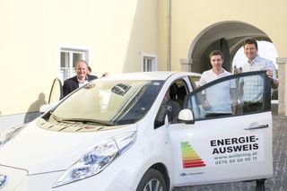 Bürgermeister Markus Stadlbauer mit Christian Miesenberger und Lukas Schützenhofer beim Infotag in Kematen.