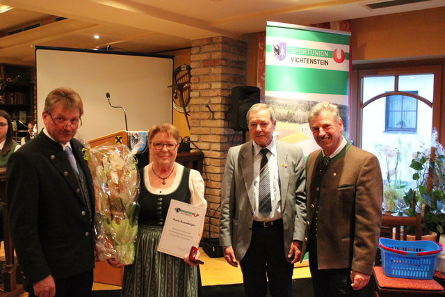 Obmann Johann Tomandl, Karin Rosenberger, Union-Bezirksobmann Anton Königsberger und Ortschef Martin Friedl (v. l.).