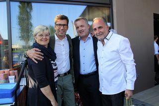 Feierten die Eröffnung des Leo in Kalsdorf: Ursula Rauch, Ronald Roj, Vzbgm. Manfred Komericky und Reinhold Angeler.