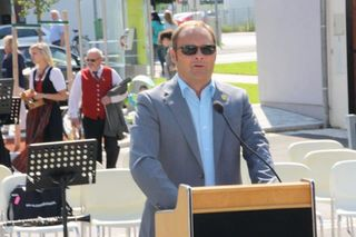 Fischamends Bürgermeister Thomas Ram kämpft mit geschlossenen Reihen für versprochene Umfahrung.