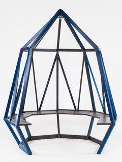 """Das Werstück """"Blue Diamond"""" der Klasse 3b. Schule: NMS Dr. Fritz Prior."""