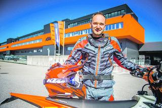 Chris Schipper mit seiner KTM. Foto: Gorodniakova