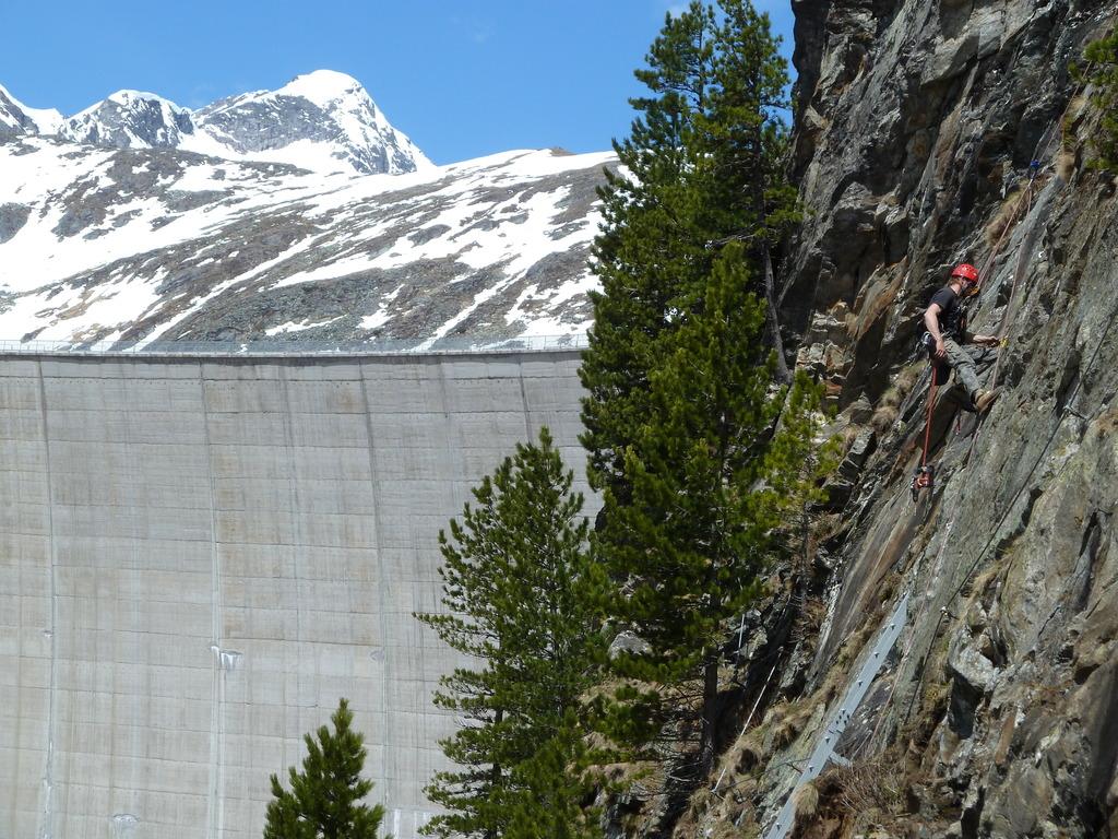 Klettersteig Kärnten : Neuer klettersteig bei staumauer spittal