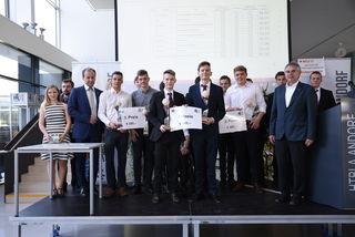 Die drei Siegerteams der diesjährigen Maturaprojektkpräsentation in der HTL Andorf.