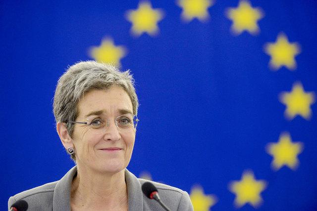 Von der großen Bühne Europa an die vorderste Front des nationalen Polit-Kabaretts – Die Niederösterreicherin Ulrike Lunacek wird als Spitzenkandidatin der Grünen, am 15.10.2017 bei der vorgezogenen Nationalratswahl antreten