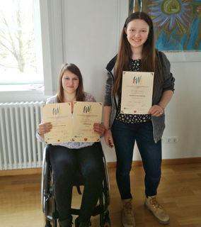 Herzliche Gratulation: Nika Tasic und Jaqueline Nagele