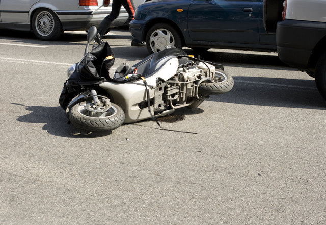 Ein leichter Sachschaden entstand am Mofa der verletzten Hagenbergerin.