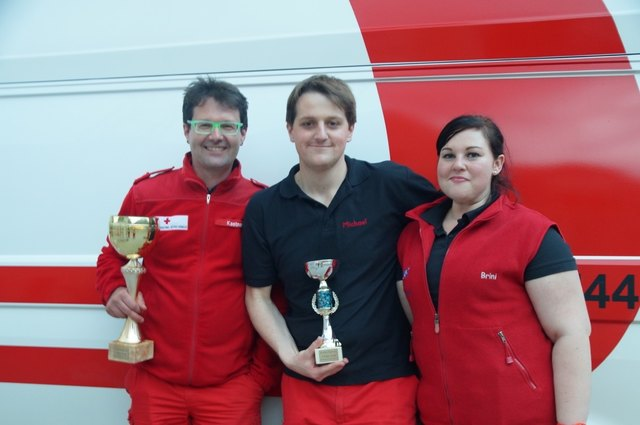Erich Kastner, Michael Kronberger und Sabrina Grillmayr, Platz 4, Sanitätshilfe-Landesbewerb in Silber, sowie Platz 1, 3 und 4, Sanitätshilfe-Landesbewerb in Gold