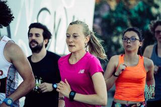 Lockerer Lauf mit Jennifer Wenth (rosa Shirt) entlang des Donaukanals.