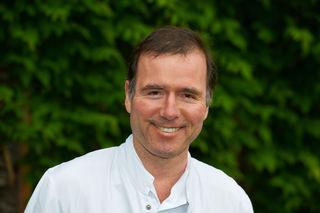 Initiator und Leiter des Projektes: Oberarzt Walter Müller vom Elisabethinen-Krankenhaus