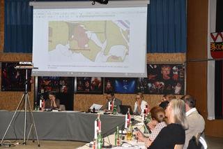 Der Entwurt zum Bebauungsplan des Fischerfeldes bleibt im Gemeinderat umstritten.