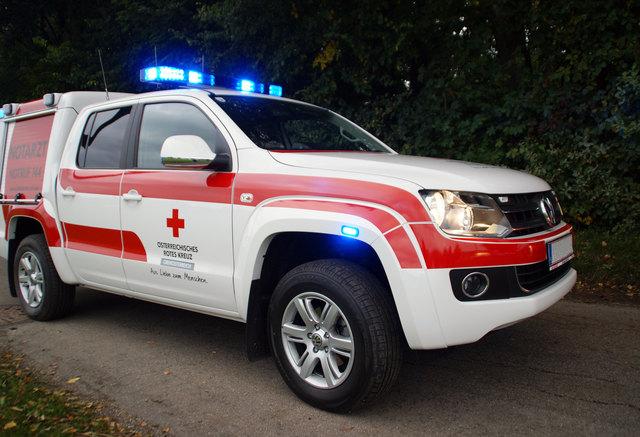 Ins Unfallkrankenhaus nach Linz wurde das Unfallopfer mit Verletzungen unbestimmten Grades gebracht.