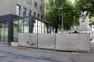 """Das neue """"Schuhmeier"""" und damit die """"ewige"""" Baustelle am Schuhmeierplatz gehen ins Finale: Im Juni soll eröffnet werden."""