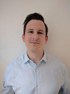 Maximilian Störchle bietet in Ebersberg Softwareentwicklung und IT-Dienstleistungen