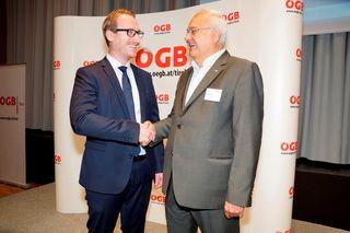 Otto Leist gratulierte seinem Nachfolger Philip Wohlgemuth