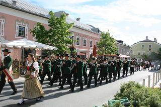Die Bürgermusik Tamsweg führte die Lehrlinge auf den Marktplatz