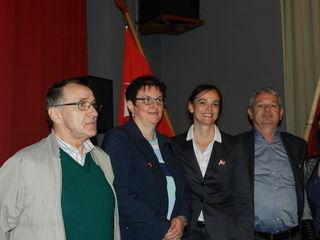 Fotobeschreibung   Karl Katzensteiner, GR Franziska Punz, BM Sonja Hammerschmid und GR Martin Szerencics bei der Maifeier in Tausendblum