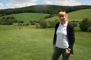 Julia Cranz bringt frischen Golf-Schwung nach Berging.