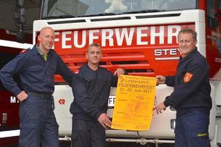 Kommandant Manfred Kreitmayer (re), sein Vize Markus Glassl (li) und Paul Küpper freuen sich auf Ihren Besuch.
