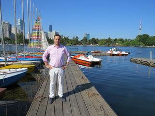 Obmann Markus Griessler hat mit Bootsvermietern, Gastronomen und Beherbergungsbetrieben das Lichterfest neu organisiert.