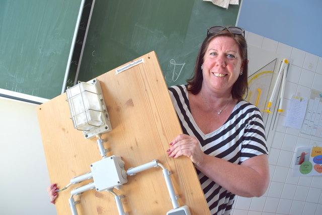 Lehrerin Ulrike Öhler ist ein Fan der Technik. Freude am Lernen will sie auch ihren Schülern vermitteln.